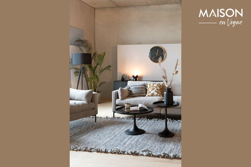 Ein Sofa mit klaren Linien