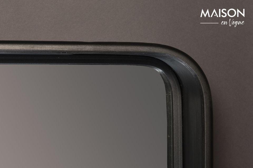 Der Bradley-Spiegel von Dutchbone bietet Ihnen Einfachheit mit einem Spiegel mit schwarzem