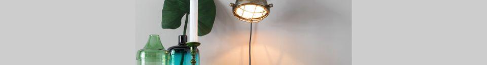 Materialbeschreibung Evan-Wandlampe aus Messing