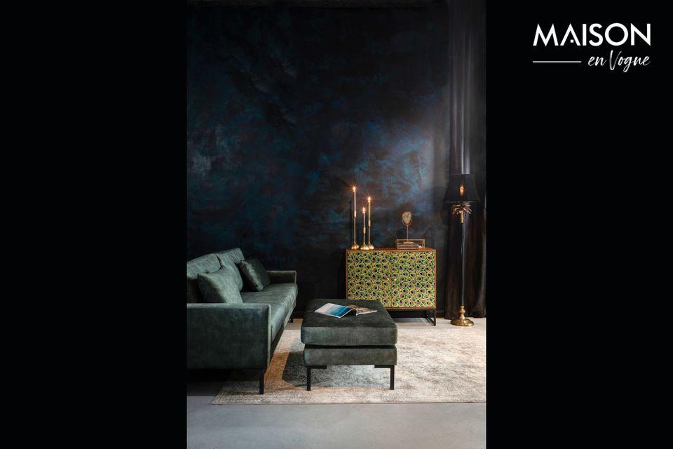 Mit seinen modernen und reinen Linien passt dieser rechteckige Hocker perfekt in Ihr Schlafzimmer