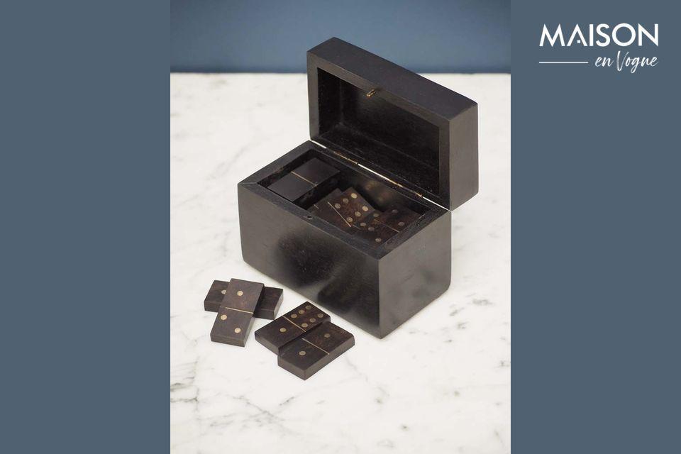 Eine elegante Domino-Box mit authentischem Stil