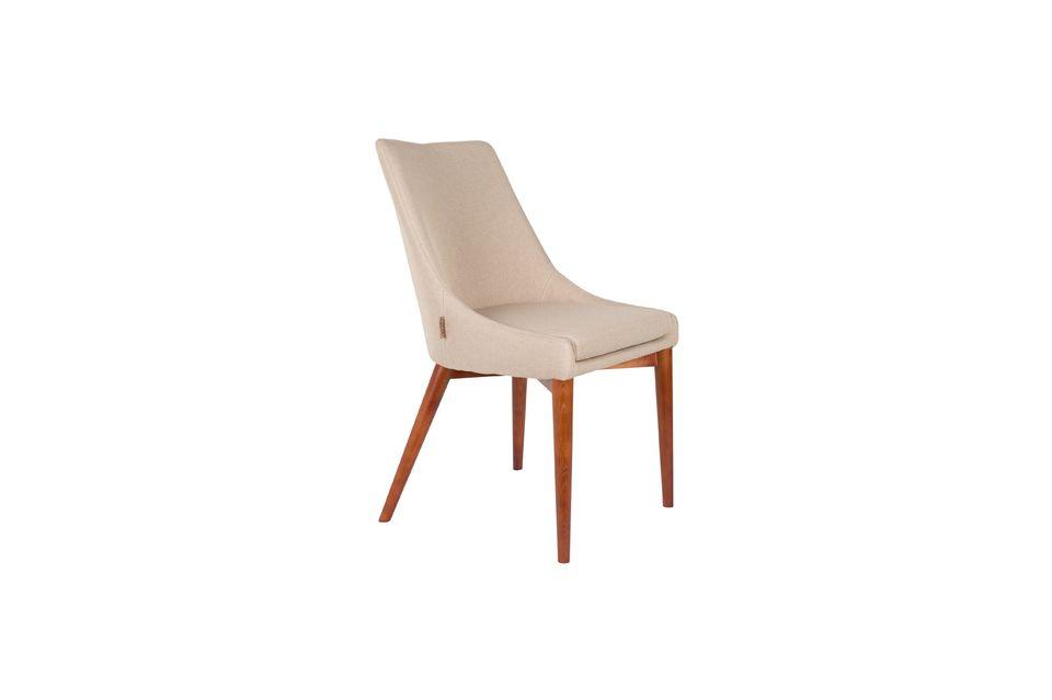 Dieses hochwertige Möbelstück findet seinen Platz um einen Tisch herum oder in einer Ecke des