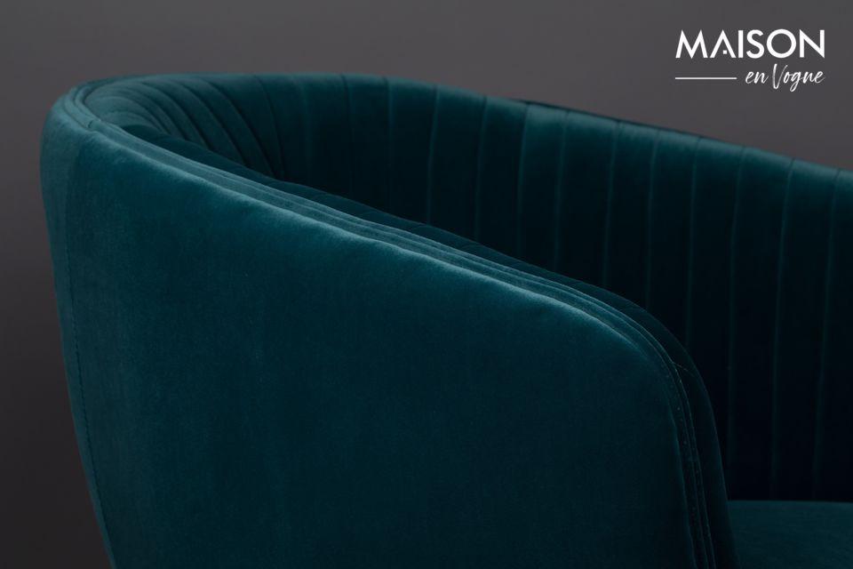 Der Sessel ist mit einem weichen