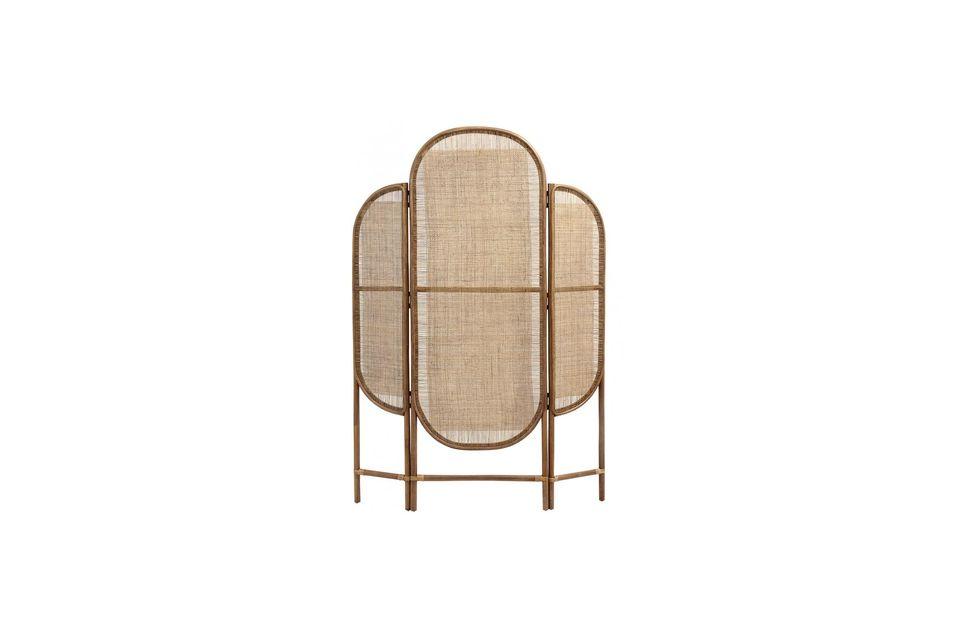 Der Rahmen und die Beine dieses 180 cm hohen Paravents sind aus naturfarbenem Bambus und die Seiten