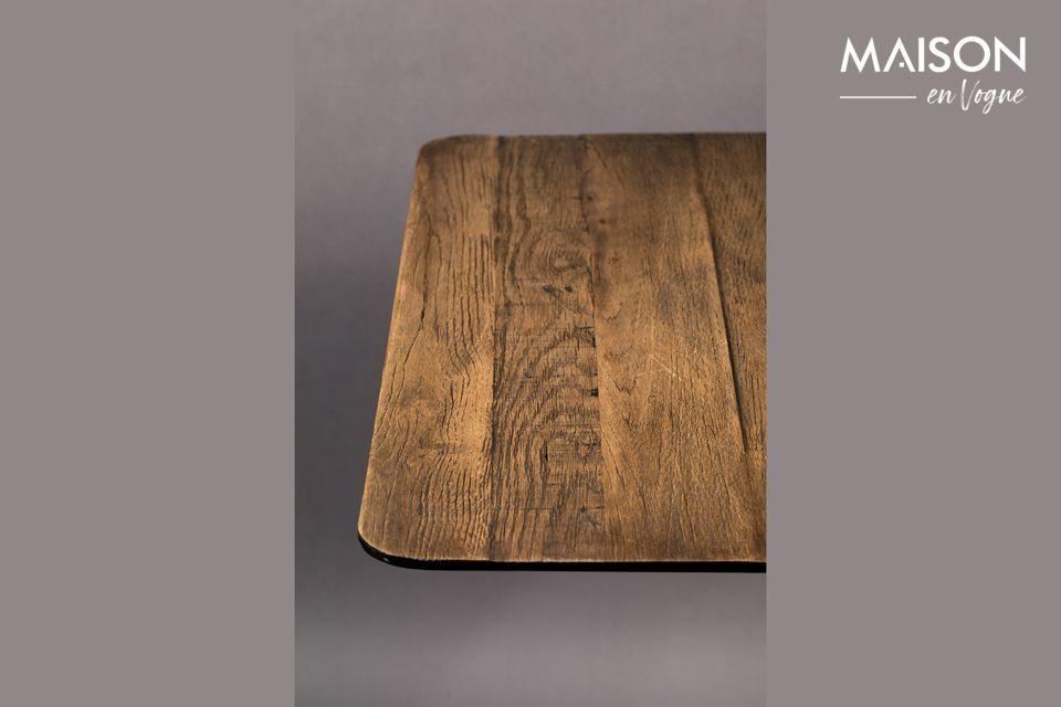 Dieser Tisch ist auch mit einer Platte aus Kiefernholz erhältlich