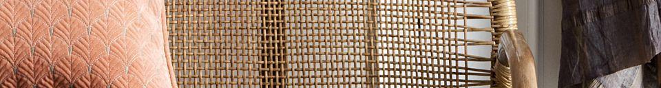 Materialbeschreibung Rattanbank Bali mit grauen Kissen
