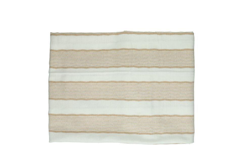 Diese Tischdecke aus 100% Baumwolle ist 33 cm lang und 26 cm breit
