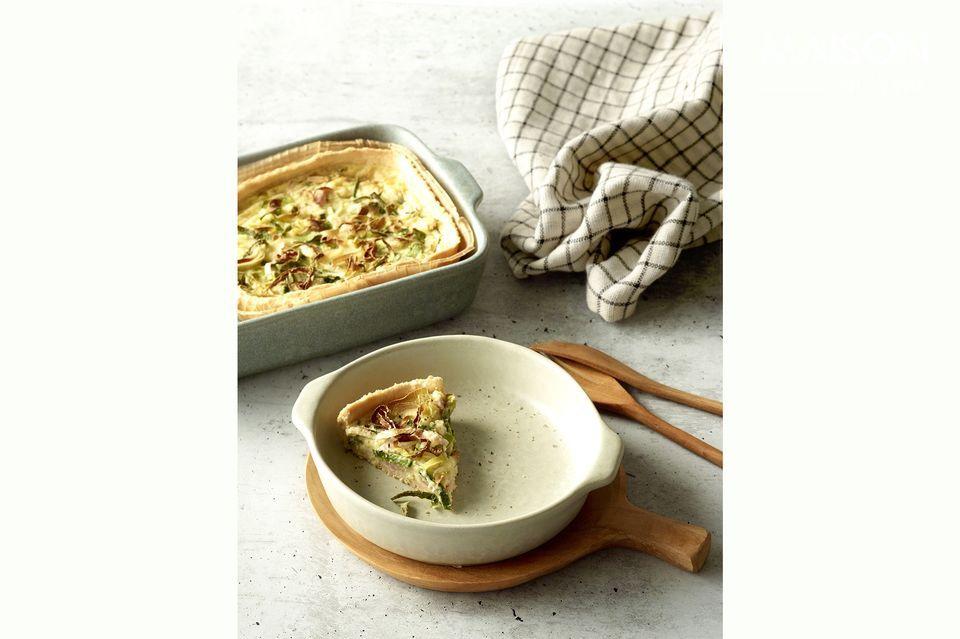 Die praktische und ästhetische Schale Galet kann im Ofen gebacken werden und hat die Eleganz von
