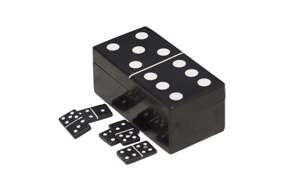 Dieser Dominokasten, geformt wie ein
