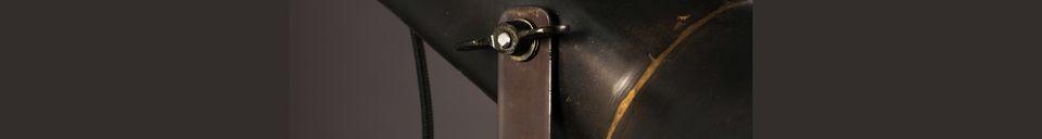 Materialbeschreibung Schwarze Tischlampe Vox