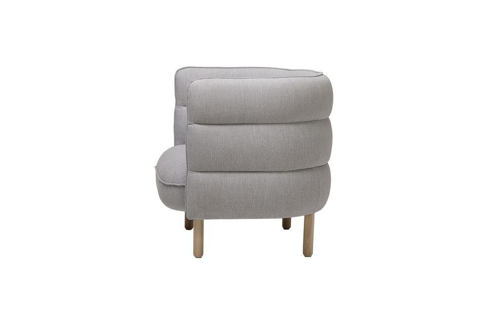 Von ersterem erbt der Sessel Ellen die Konstruktion: Sitz