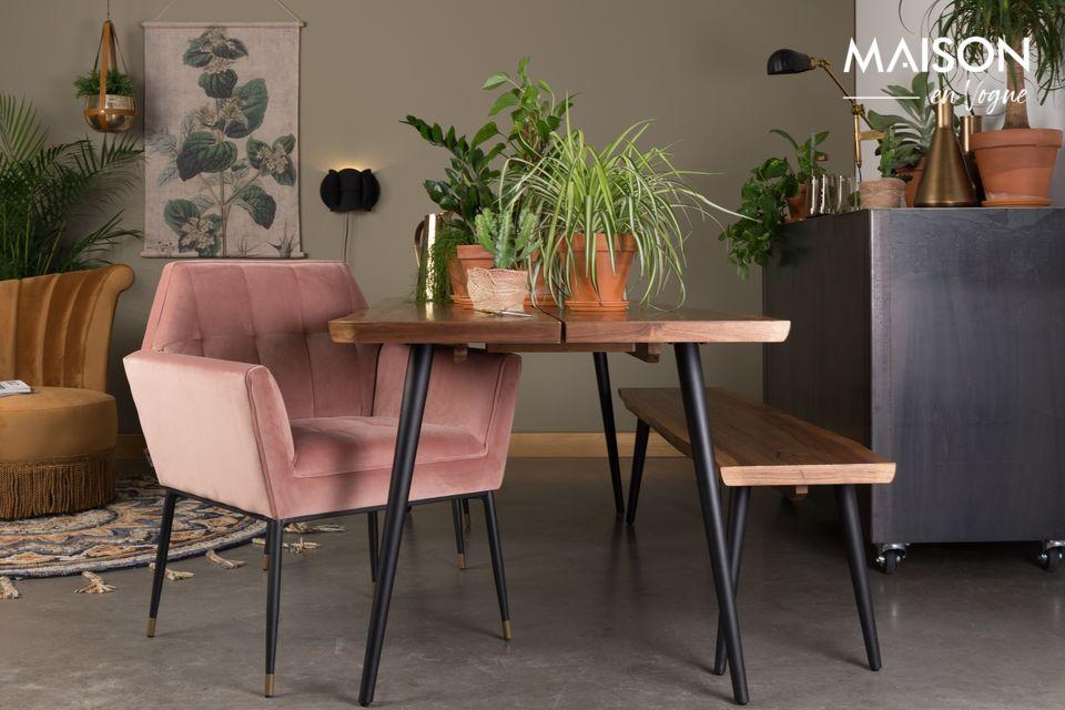 Ein Sessel im Art-Déco-Stil mit luxuriösem Design