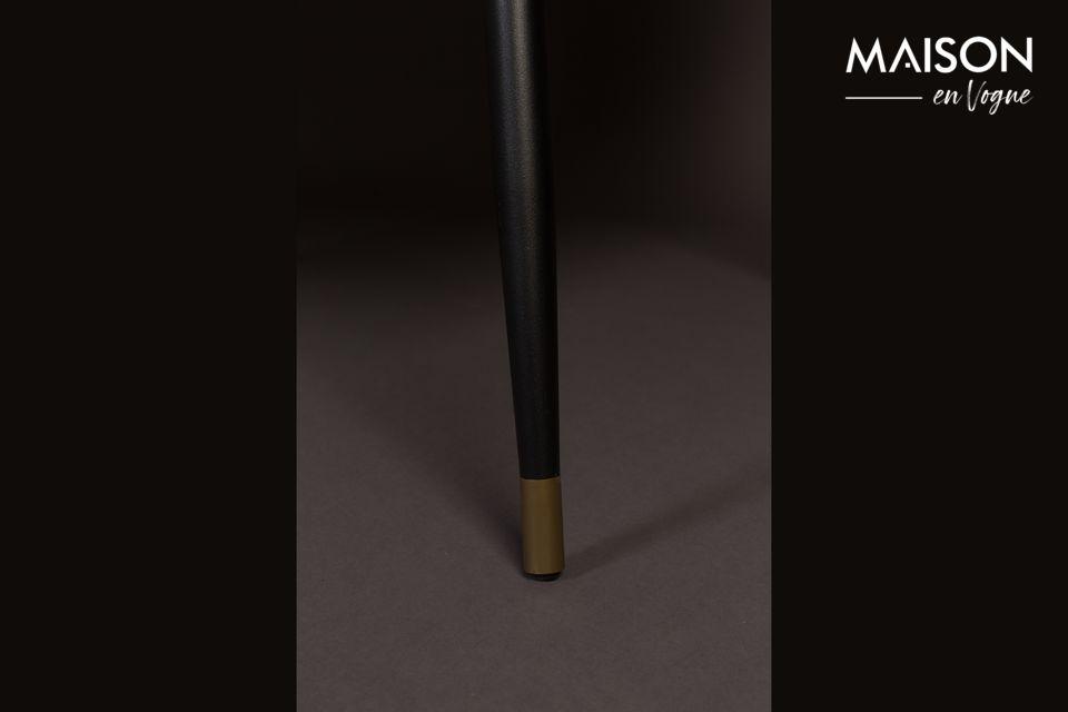 Der von Dutchbone entworfene Sessel Kate zeigt luxuriöse Details im Art-Déco-Stil mit