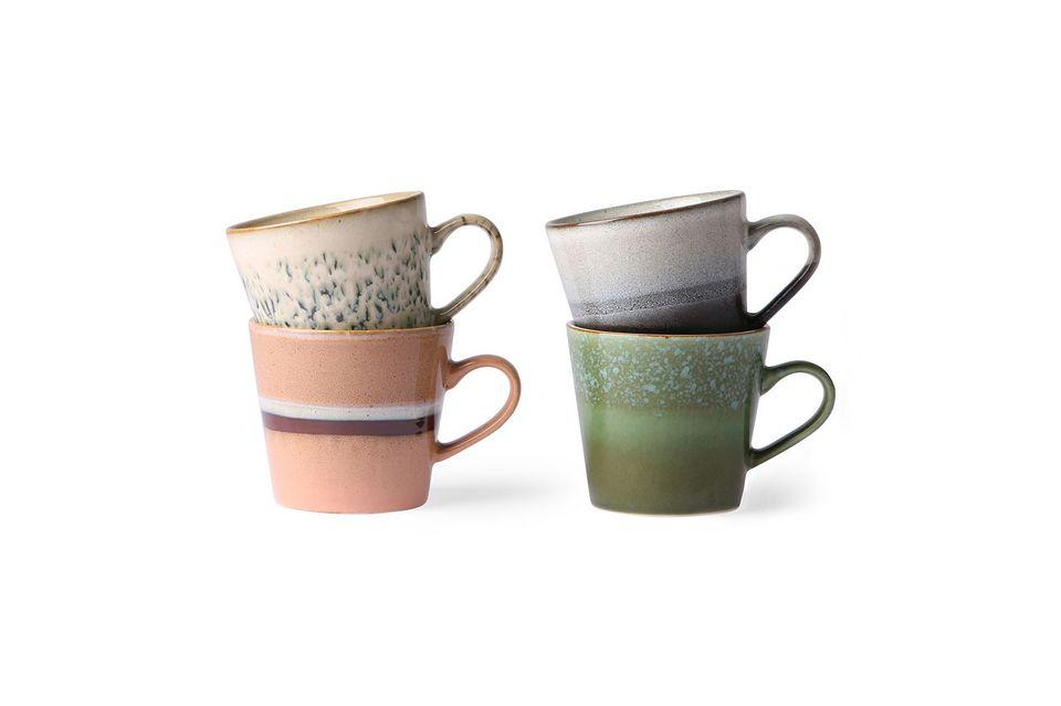 Set mit 4 Keramik-Cappuccino-Tassen 70er Jahre HK Living
