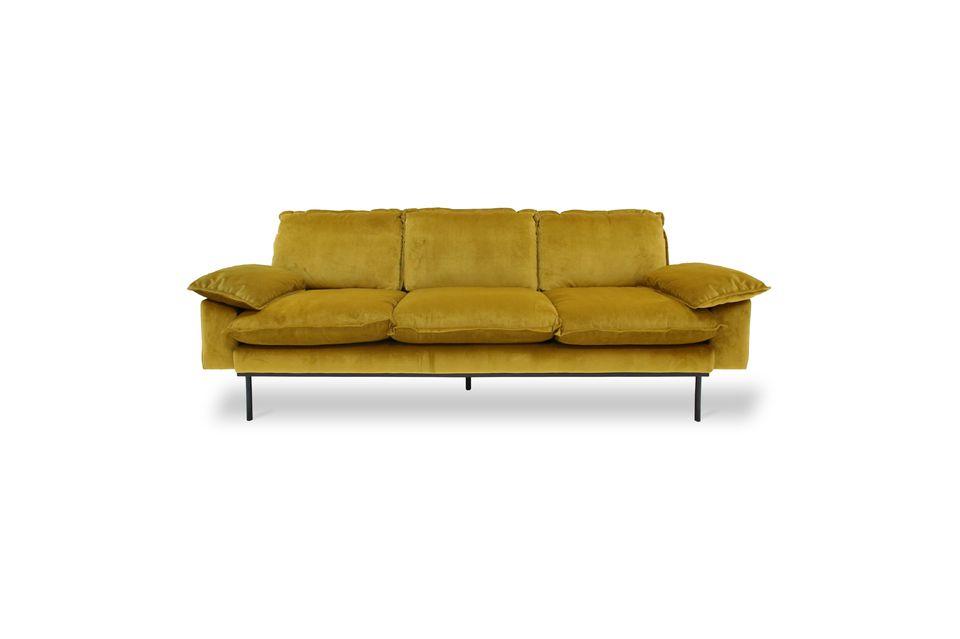 Es ist ein hochwertiges Sofa, das für eine lange Lebensdauer ausgelegt ist