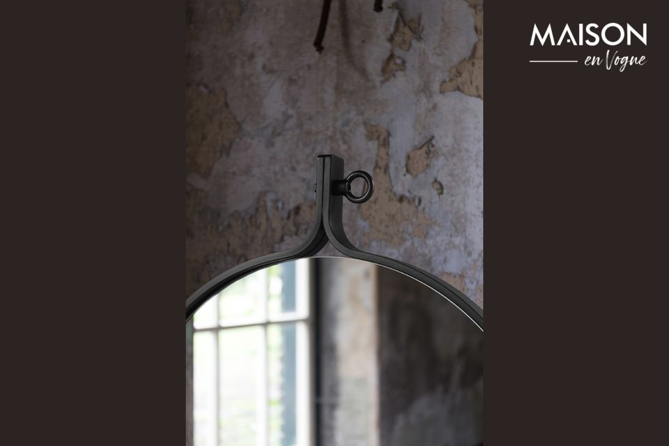 Für einen Hauch von Stil und Eleganz haben wir an der Spitze einen Industrie-Riegel angebracht