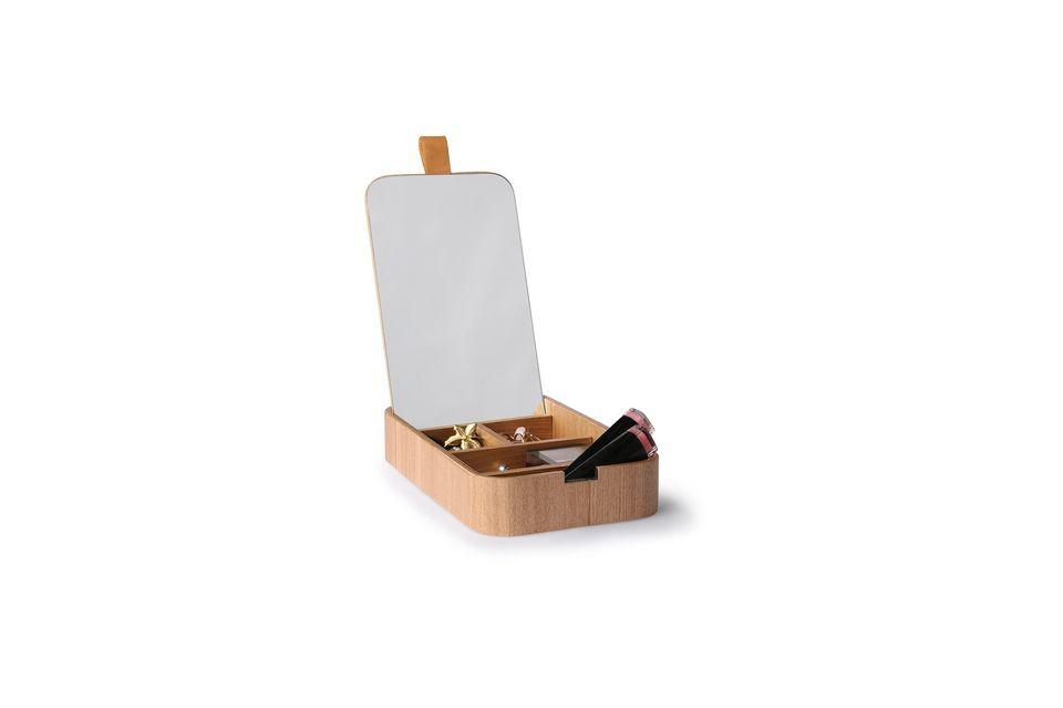 Diese hübsche Schachtel ist perfekt für die Aufbewahrung Ihrer wertvollen Utensilien