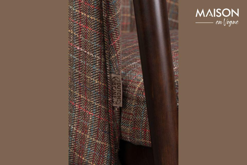 Die Beine und das Ende der Armlehnen sind aus einem schönen dunkelbraunen Holz gefertigt